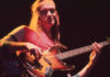 Jaco_Pastorius_with_bass_19801-100x70 Home