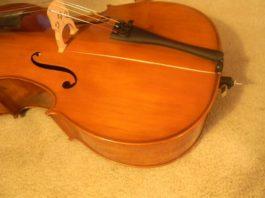 crack in cello