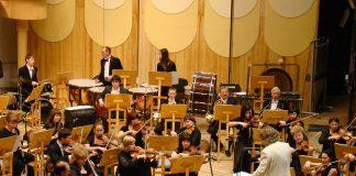 Symphony Orchestra 183608 1280